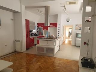 Kuća - Prodaja - GRAD ZAGREB - ZAGREB - ŠESTINSKI DOL