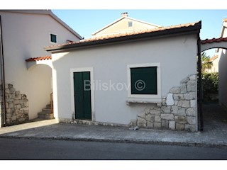 Kuća - Prodaja - SPLITSKO-DALMATINSKA - KAŠTELA - KAŠTEL LUKŠIĆ