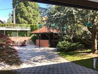 Kuća - Prodaja - GRAD ZAGREB - ZAGREB - GRAČANI