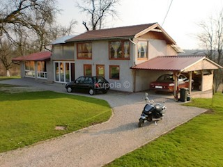 Kuća - Prodaja - SISAČKO-MOSLAVAČKA - SISAK - SELA