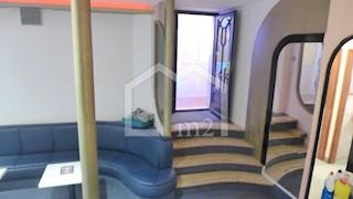 Poslovni prostor - Prodaja - SPLITSKO-DALMATINSKA - SPLIT - GRAD