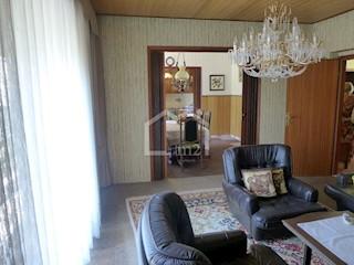 Kuća - Prodaja - SPLITSKO-DALMATINSKA - KAŠTELA - KAŠTEL ŠTAFILIĆ