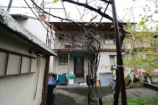 Haus - Verkauf - GRAD ZAGREB - ZAGREB - SREDNJACI