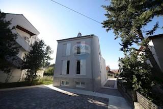 Kuća - Prodaja - PRIMORSKO-GORANSKA - CRIKVENICA - SELCE