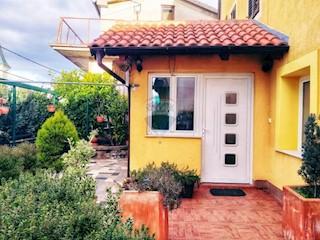 Kuća - Prodaja - PRIMORSKO-GORANSKA - ČAVLE - CERNIK