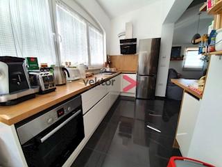 Kuća - Prodaja - PRIMORSKO-GORANSKA - KASTAV - KASTAV