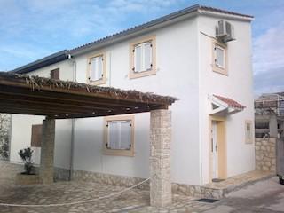 Haus - Verkauf - ŠIBENSKO-KNINSKA - MURTER - BETINA