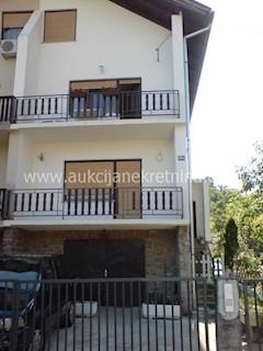Haus - Verkauf - GRAD ZAGREB - ZAGREB - GAJNICE