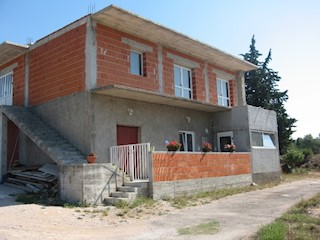 Haus - Verkauf - ŠIBENSKO-KNINSKA - ŠIBENIK - BILICE