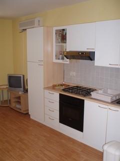 Wohnung - Verkauf - PRIMORSKO-GORANSKA - KRK - NJIVICE