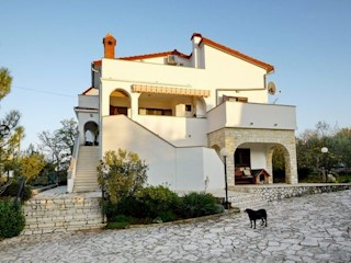 Haus - Verkauf - PRIMORSKO-GORANSKA - KRK - DOBRINJ