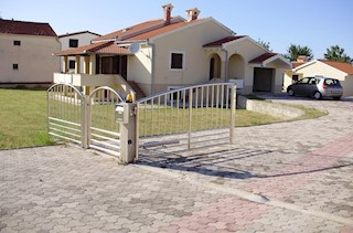 Haus - Verkauf - ZADARSKA - NIN - NIN