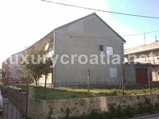Kuća - Prodaja - SPLITSKO-DALMATINSKA - KAŠTELA - KAŠTEL NOVI