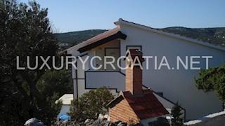 Haus - Verkauf - SPLITSKO-DALMATINSKA - MARINA - SEVID