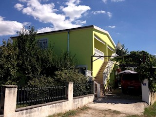 Haus - Verkauf - ZADARSKA - SUKOŠAN - SUKOŠAN