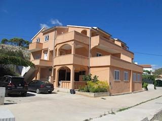 Haus - Verkauf - SPLITSKO-DALMATINSKA - MARINA - MARINA